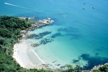 praia_de_bombinhas_2